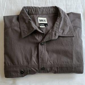 MEC mens button down